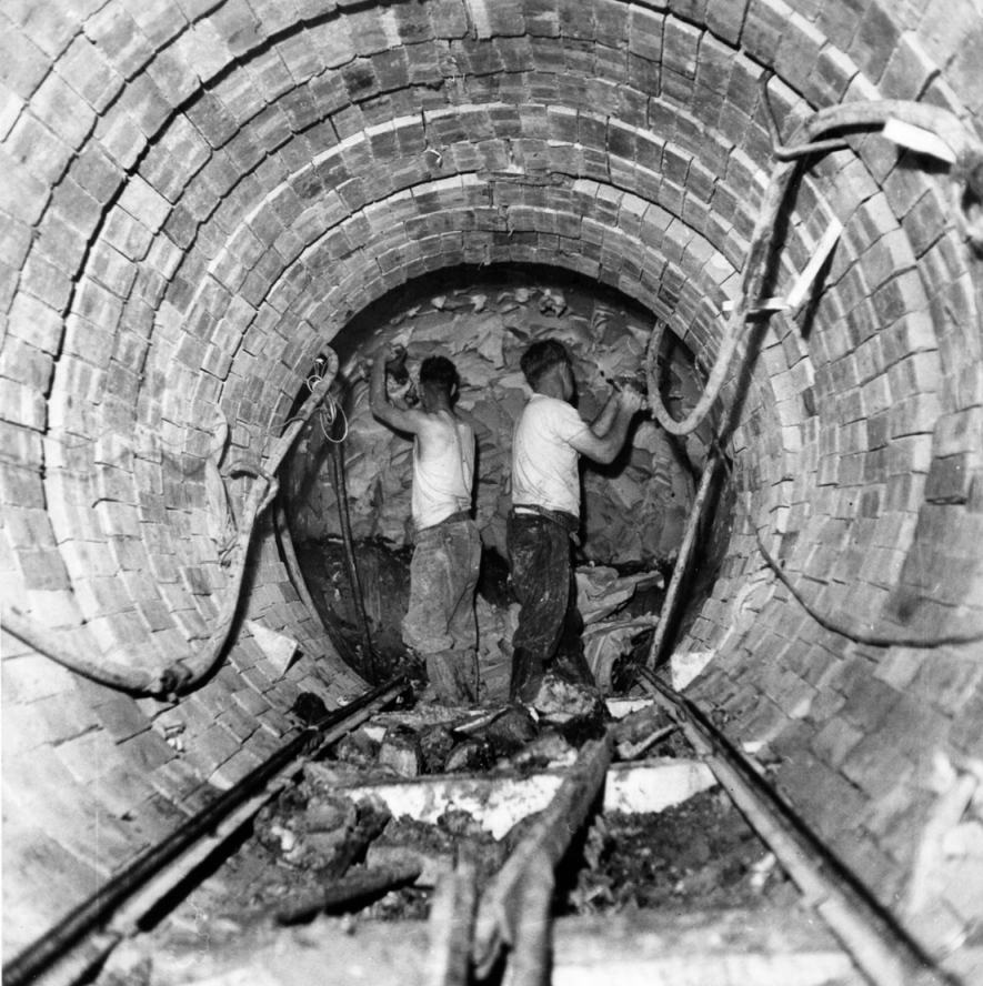 North Devon Clay - inclined shaft main drive c1960