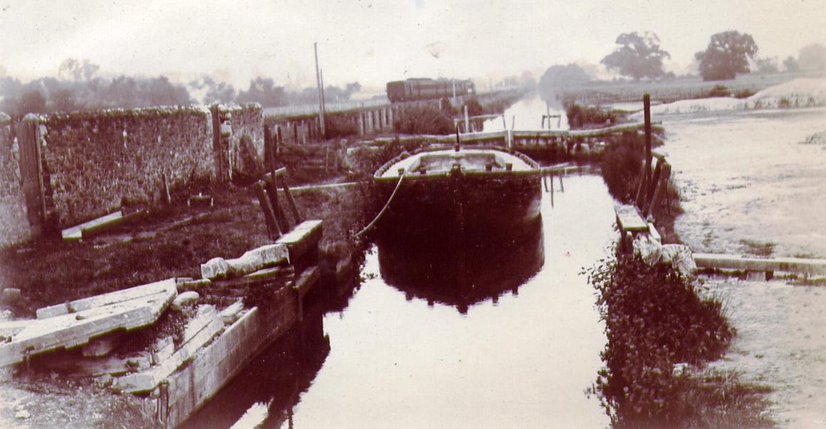 Teignbridge Lock (Stover Canal) 1901