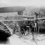 Stover Canal - Hanging new lock gates in April 1902